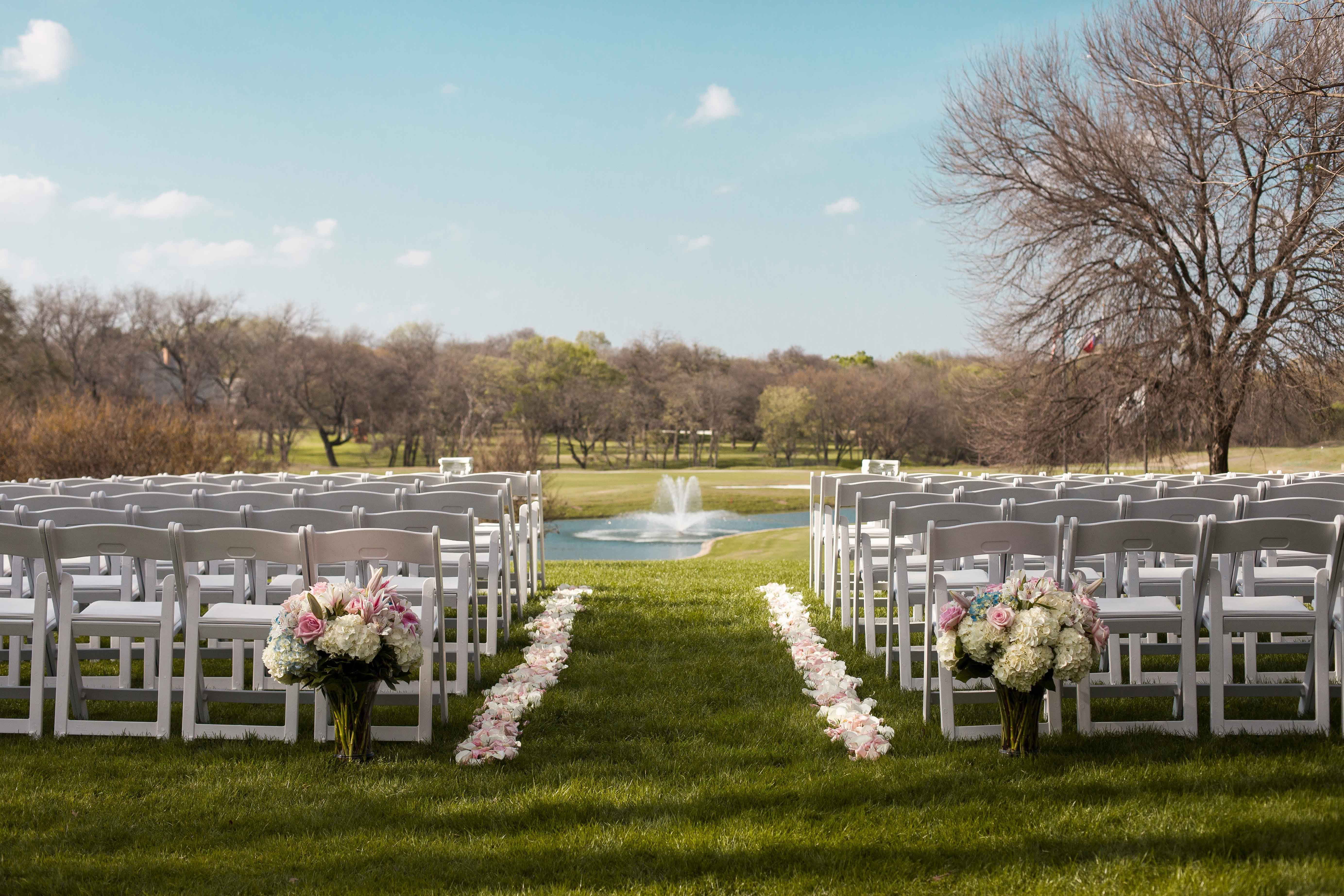 4_Reasons_to_have_an_Outdoor_Wedding